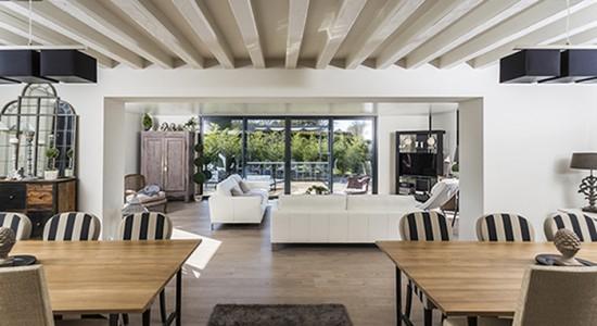 veranda bbc. Black Bedroom Furniture Sets. Home Design Ideas